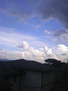 23.8.26雲.jpg